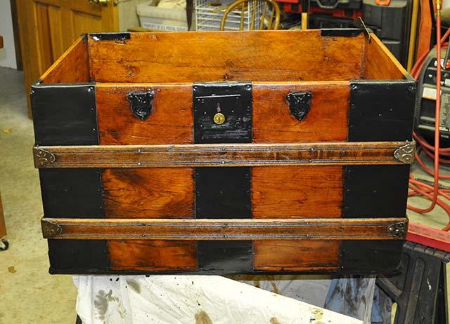 steamer trunk restoration
